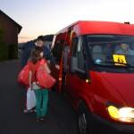Auch aus der Gemeinde Hellenthal und der Stadt Schleiden besuchen Schüler unsere Gesamtschule ... um zu sehen, ob die Schülerbeförderung funktioniert fuhr ich mit den Kindern von Schleiden zu unserer Gesamtschule