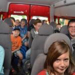 Morgens mit den Schülern im Bus